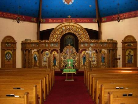 St Michael Shenandoah Interior 1.jpg